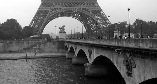 Puente d'Iéna, Torre Eiffel, París