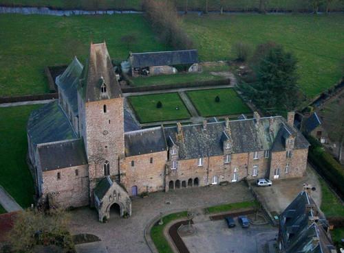 La Abadia de Lonlay, en Normandia