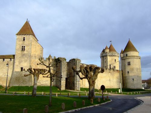 El castillo de Blandy les Tours