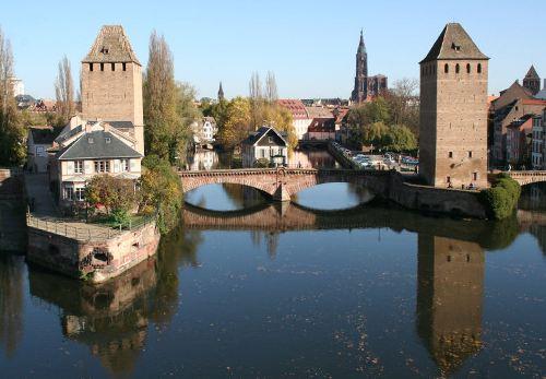 Puentes e ingenieria en Estrasburgo