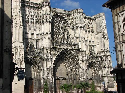 Catedral de Troyes, antigua capital de Champagne