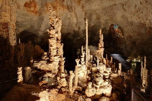 L'Aven d'Orgnac, caverna natural en Ardèche