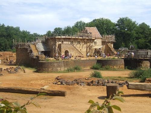 La construcción de un castillo medieval en Guédelon