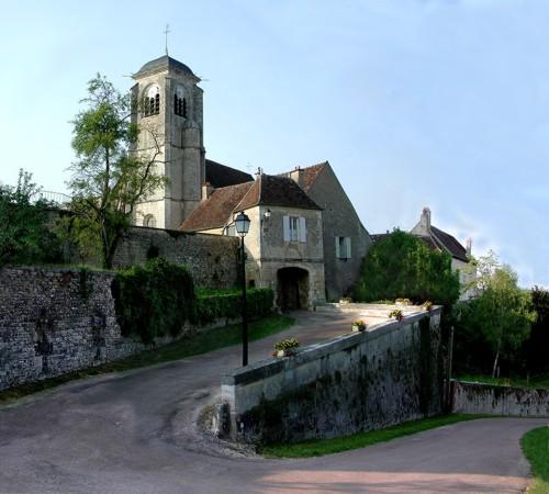 Châtel-Censoir, historia y naturaleza en Yonne