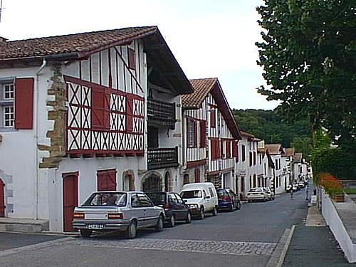 La Bastide Clairence, influencia del Pais Vasco