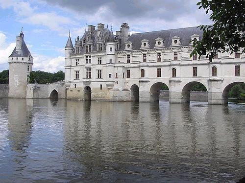 El Castillo de Chenonceaux, el puente castillo
