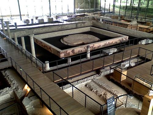 El domo de Périgueux, en la Vésone romana