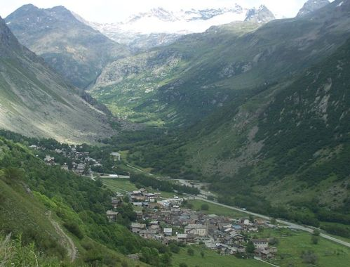 Bonneval, bello Pueblo en Alpes-Rodano
